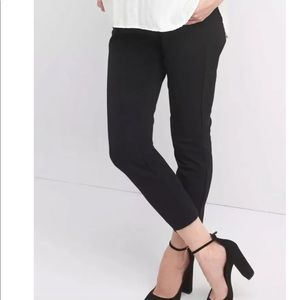Gap Maternity black ankle pants New size 10